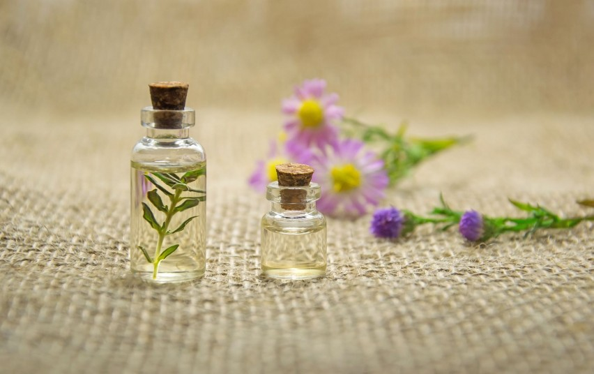 essential-oils-2884618_1920.jpg